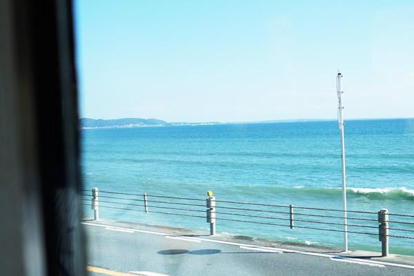江ノ電車窓からの眺め