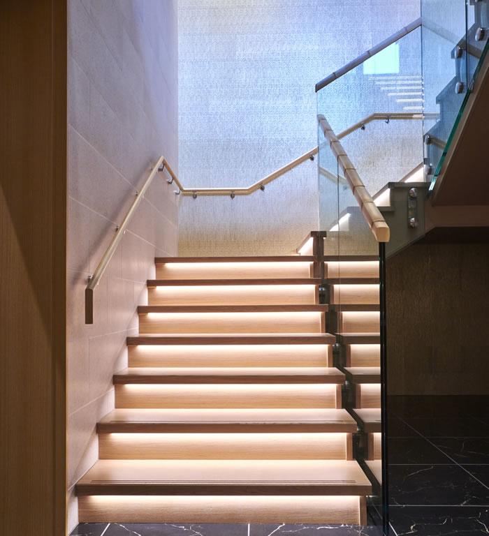 江の島ホテル 階段 エントランス~ロビー