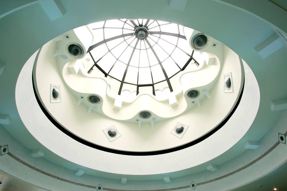 天陽泉の吹き抜け天井